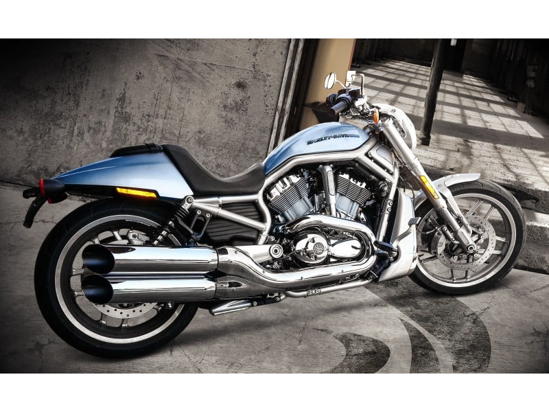 "Ponteira Harley Davidson V Rod Sport ø4"" - Chanfrada - Cobra"