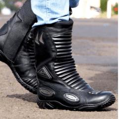 Bota Motociclista Couro Proteção Cano Médio Preta
